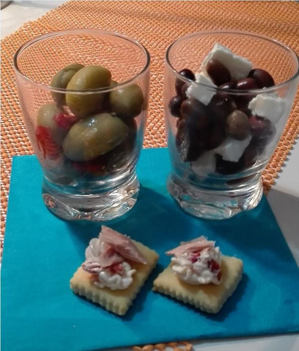 Prepariamo l'antipasto con le olive Saper di Sapori